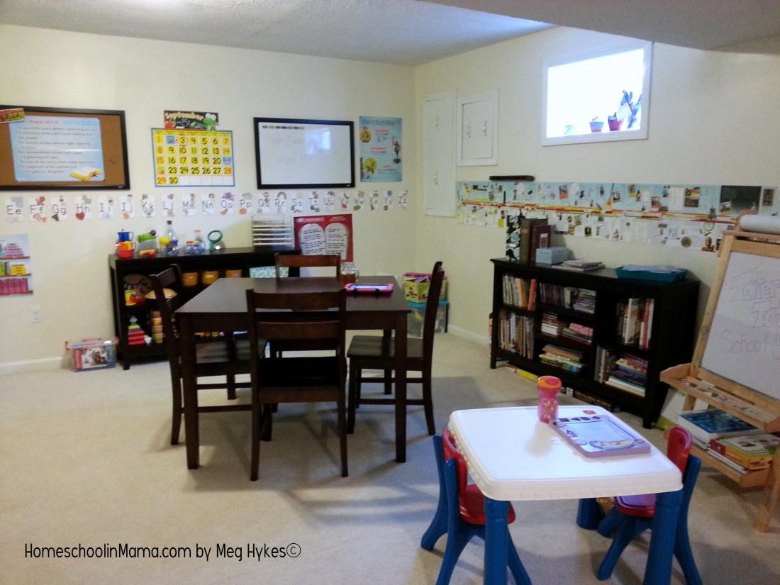 Sweet Chix Homeschool - Our Homeschool Room   HomeschoolinMama.com by Meg Hykes
